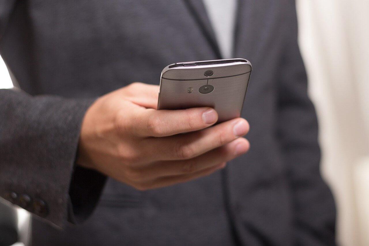 Porady prawne przez telefon za darmo