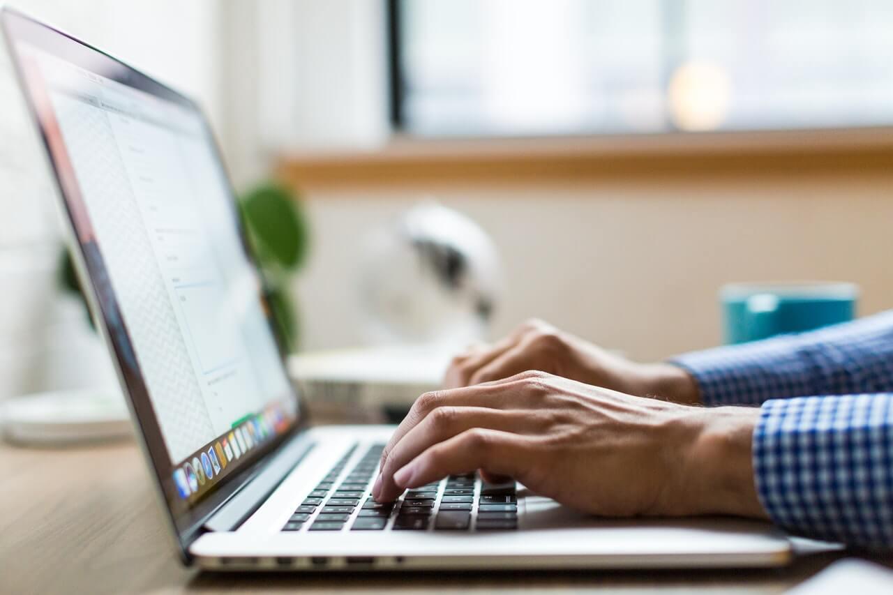 Porada prawna przez chat online